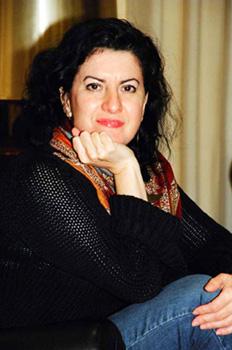 Entrevista con la poeta Aurora Luque: Leyendo a los clásicos comprobamos que estamos igual que hace siglos