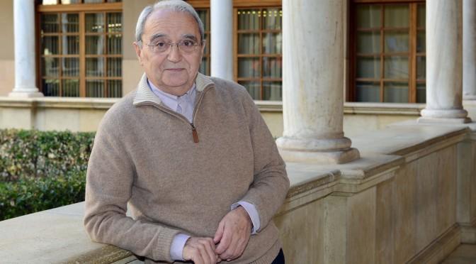 El catedrático de Derecho de la Universidad de Murcia Enrique Gacto, nuevo miembro de la Real Academia Alfonso X