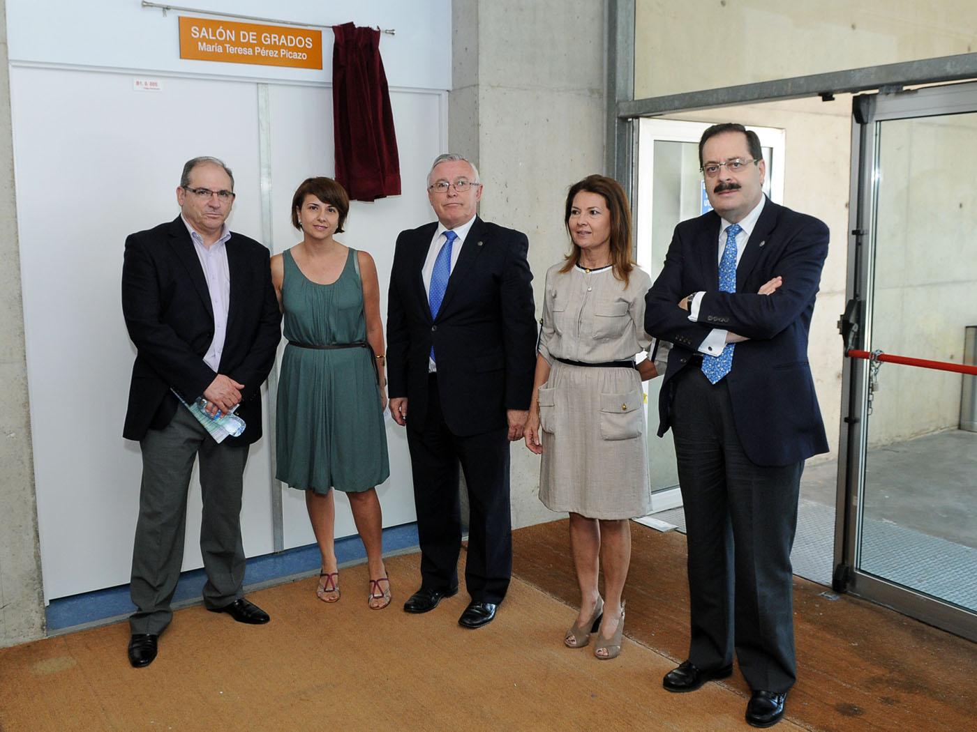 inauguración sala Pérez Picazo