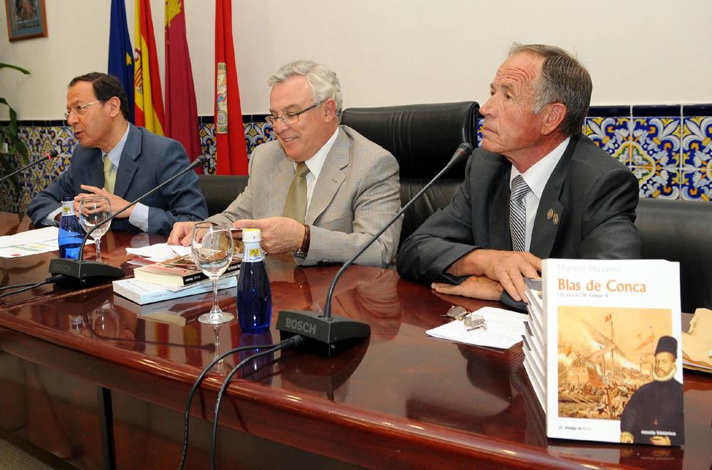 Presentación libro Manuel Navarro