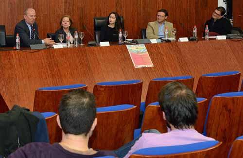 Mesa redonda: 'La Corrupción en España'. Sala de grados F. Derecho