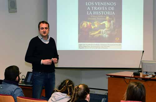Los venenos a través de la historia. Daniel Torregrosa. Salón de grados F. Comunicación. Campus Espinardo