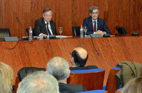 'Derechos Fundamentales y Contrato de Trabajo'. Fernando Salinas. Salón de grados F. Derecho