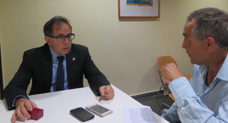 Un momento de la entrevista. Foto: Ana Martín.