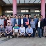 El Rector UM,  José Orihuela, visita a los alumnos seleccionados para el 'Proyecto Yuzz'. CSU Campus Espinardo