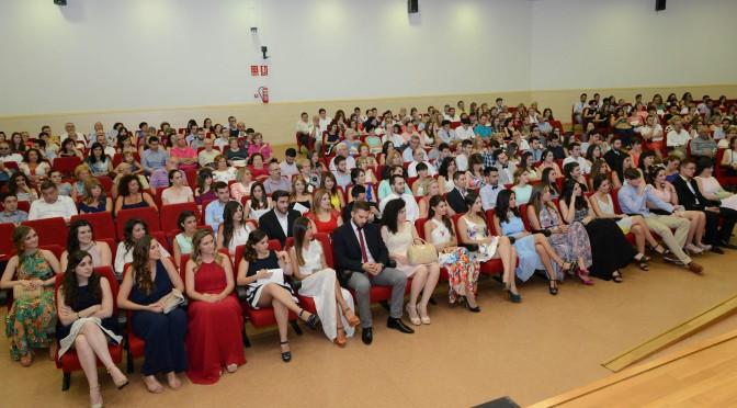 Graduación en educación primaria, Mención en Recursos Educativos para la Escuela y el Tiempo Libre