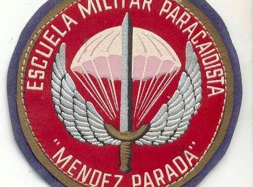 La Universidad del Mar muestra cómo es el entrenamiento de una de las mejores escuelas de paracaidismo de Europa