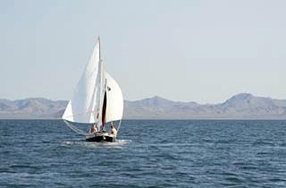 La Universidad de Murcia celebra este mes los cursos de Buceo Científico y Navegación, los más antiguos de la Universidad del Mar