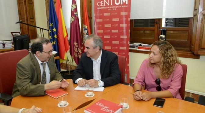 El PSOE apoya las reivindicaciones de la UMU en financiación y prácticas en hospitales