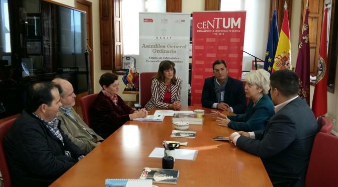 Editoriales de 66 centros españoles se reúnen en la Universidad de Murcia