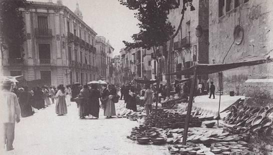 mercado de santo domingo y casa de Andrés Baquero