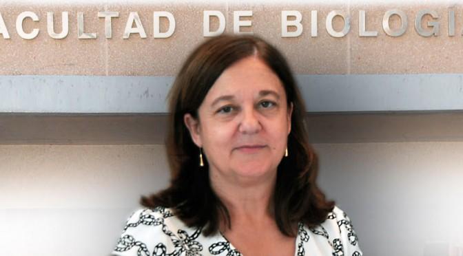 Toma de posesión de Alfonsa García como decana de la facultad de biología