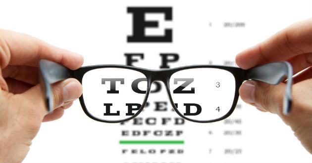 Colaboración entre el CUVI y la Facultad de Ciencias Sociosanitarias para tratar problemas de visión mediante la dieta