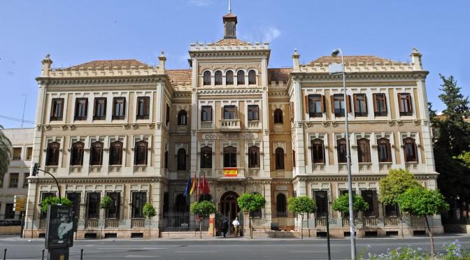 El Consejo de Gobierno de la Universidad de Murcia aprueba el calendario académico para el próximo curso