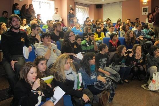 La UMU organiza un congreso para fomentar las vocaciones científicas de los estudiantes de Secundaria