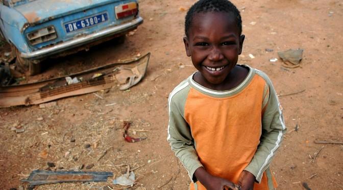 Campaña solidaria en la UMU para enviar material a Senegal