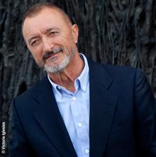La UMU crea la Cátedra Arturo Pérez-Reverte
