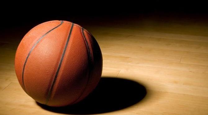 Un curso de la Universidad Internacional del Mar muestra la forma de trabajo de los profesionales de alto nivel en baloncesto