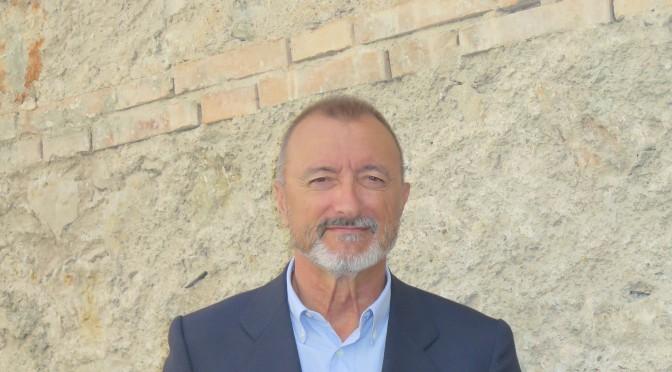 Pérez-Reverte ofrece el lunes un coloquio dentro de los seminarios del Rector