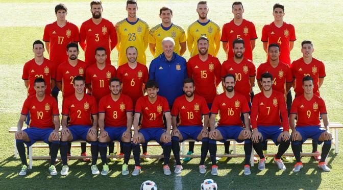 Tres entrenadores analizan en la UMU el futuro de la selección española de fútbol