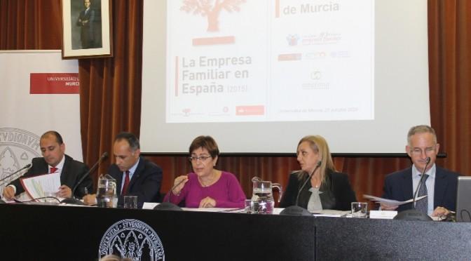 """Presentado en la UMU """"el estudio más ambicioso que se ha hecho en el mundo sobre la empresa familiar"""" (Juan Francisco Corona, Director del Instituto de la Empresa Familiar)"""