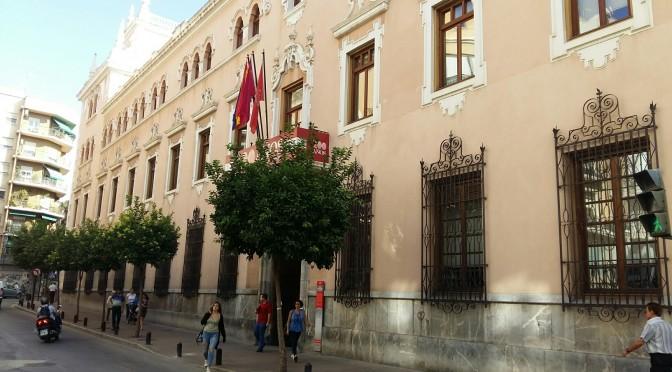 La Universidad de Murcia cumple hoy 101 años