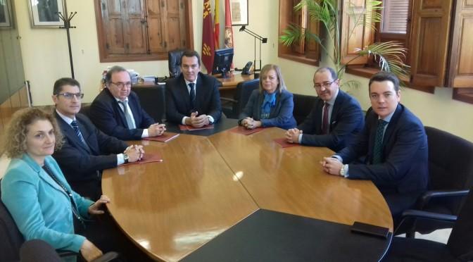 Javier Ruano preside su último Pleno al frente del Consejo Social de la Universidad de Murcia