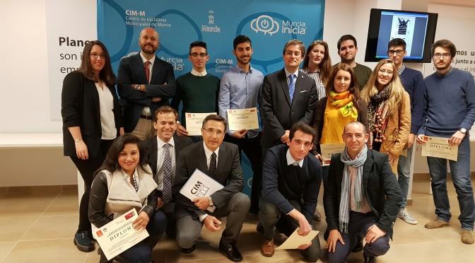 Un alumno de ADE y Derecho gana el premio al mejor proyecto de creación de una empresa