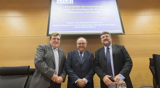 El profesor Javier Corbalán asume la presidencia de la Asociación Iberoamericana para la Investigación de las Diferencias Individuales (AIIDI)