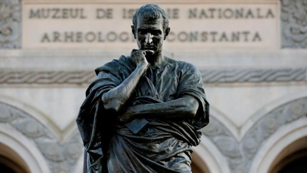 Dos profesoras de la Universidad de Murcia aportan datos para un homenaje a Ovidio en el bimilenario de su muerte