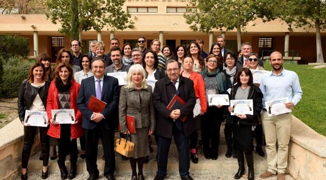 La UMU entrega los premios de innovación docente a quince proyectos