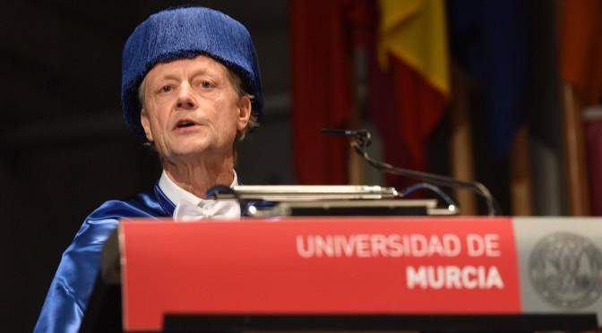 """""""El reconocimiento molecular tiene numerosas aplicaciones en el diseño de fármacos"""" (Paul D. Beer, doctor Honoris Causa por la UMU)"""