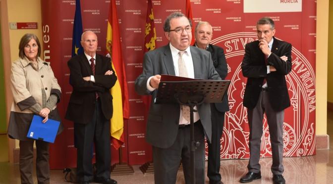 La UMU inaugura una Galería de Defensores Universitarios
