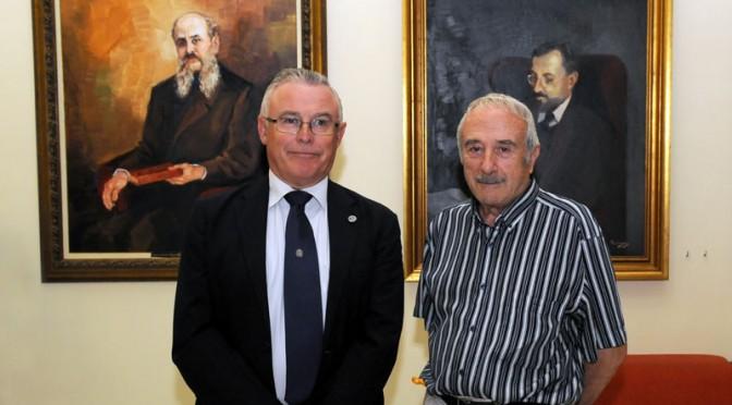 El día que se completó la galería de rectores de la Universidad de Murcia