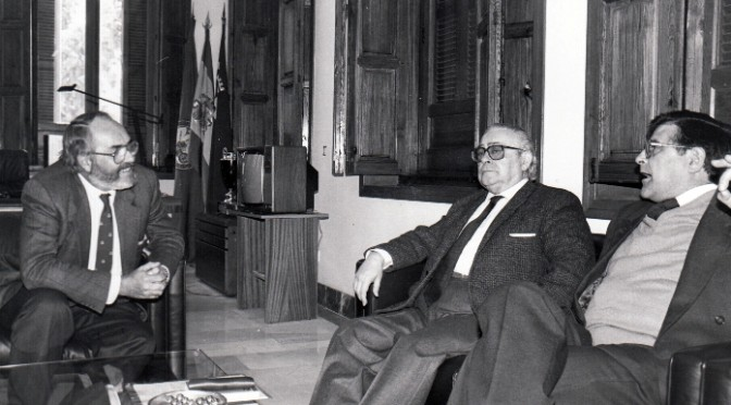 Manuel Alvar, un académico de la lengua en el Rectorado