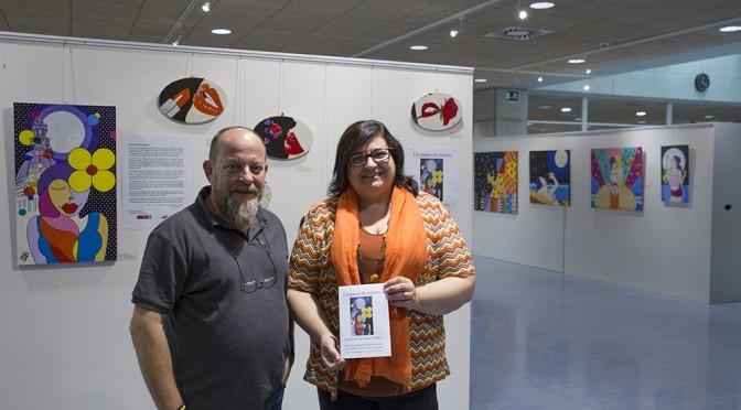 Gaby Guillén nos propone un paseo de colores en la Biblioteca de la UMU