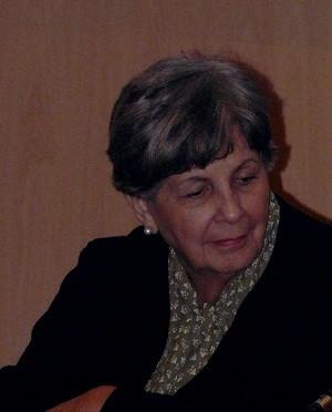 Luisa Campuzano, directora de la Revista Revolución y Cultura,  ofrece en la UMU una conferencia sobre poesía