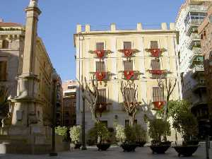 Se presenta en el museo Gaya un libro y una revista sobre el exilio español republicano