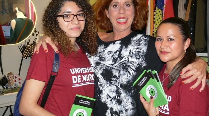 La UMU inicia una campaña de atención a la baja visión en los comercios de Santa Eulalia