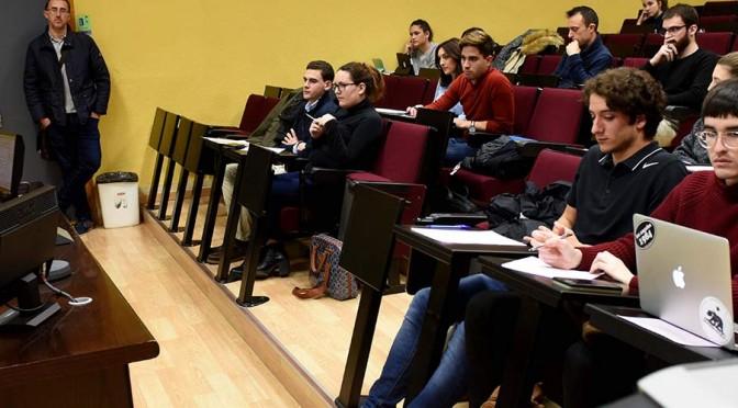 UMU acoge una conferencia sobre la proscripción de la tortura