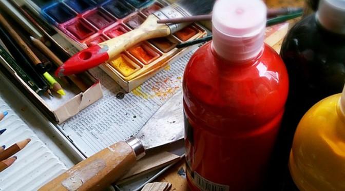 UMU convoca concurso para una tienda de material de artes plásticas