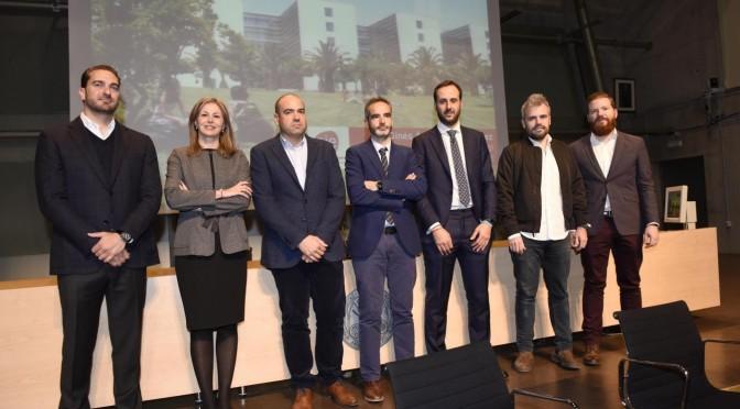 Estudiantes de Economía y Empresa de la Universidad de Murcia reciben algunas claves para emprender con éxito