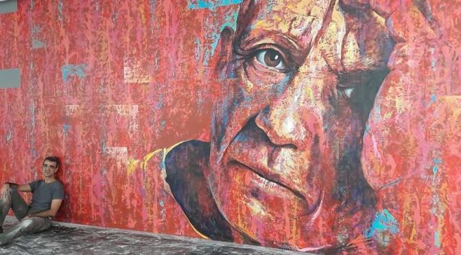 El artista y profesor de la UMU Carlos Callizo consigue reconocimiento internacional gracias a su mural de Picasso