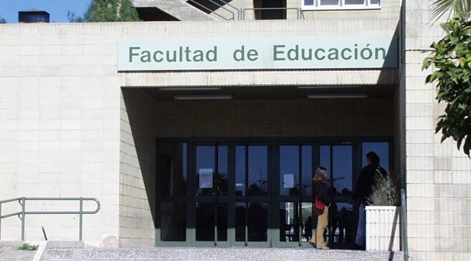 La Facultad de Educación de la Universidad de Murcia profundiza en la enseñanza del bilingüismo con unas jornadas
