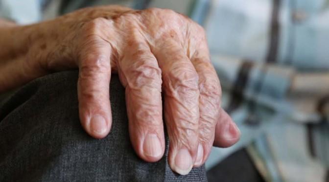 """Conferencia sobre la """"Importancia de la composición corporal en adultos mayores"""""""