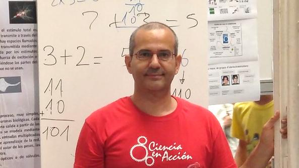 """El profesor Antonio Guirao Piñera, de la Universidad de Murcia, recibe un primer premio en la final del concurso internacional """"Ciencia en Acción 2018"""""""