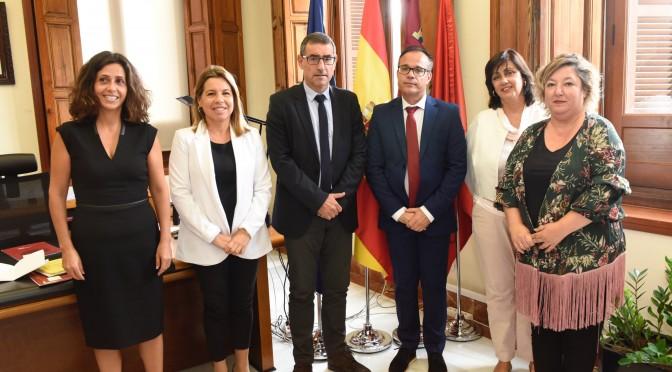 La Universidad de Murcia firma un convenio con la Asociación Nacional contra el Bullying, el Acoso Escolar y el Acoso en la Moda