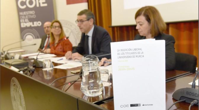 Siete de cada diez titulados de la Universidad de Murcia consiguen un empleo tras finalizar sus estudios