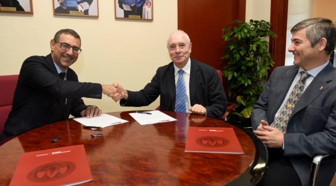 La UMU firma un protocolo con la Sociedad Matemática Española para fomentar la divulgación e investigación de las matemáticas