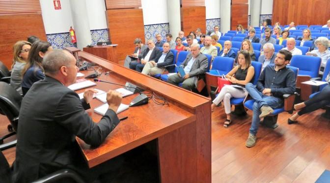 La UMU presenta un estudio sobre el nivel de Responsabilidad Social Corporativa de los Ayuntamientos de la Región